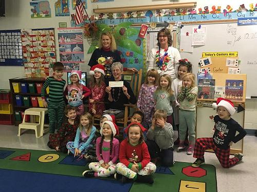 Mrs. Patti Hensley and her kindergarten class